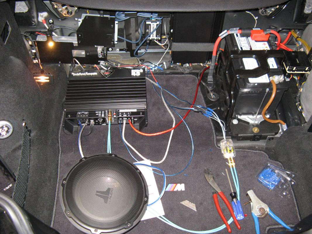 BMW Z4 M Coupe Subwoofer Installation