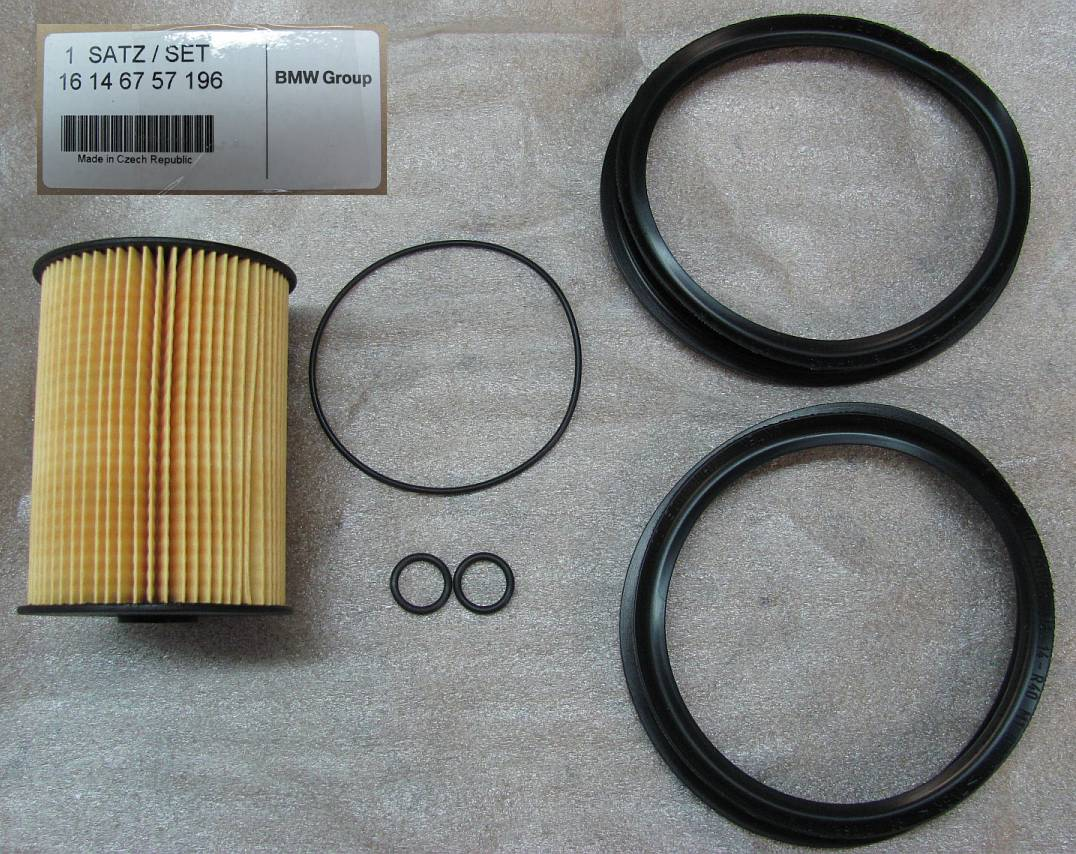 Mini Cooper S R5053 Replacing Fuel Filter