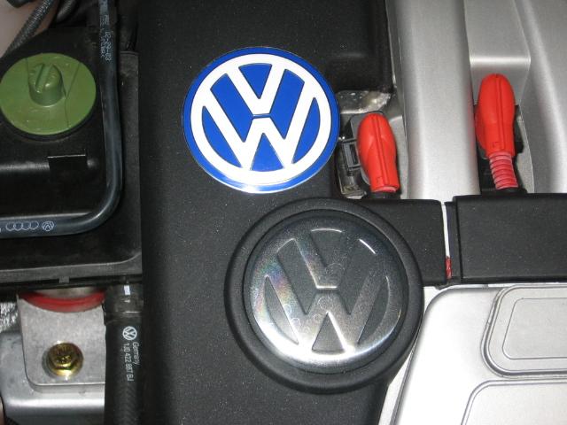 VWVortex.com - Looking for blue & white engine cover VW symbol